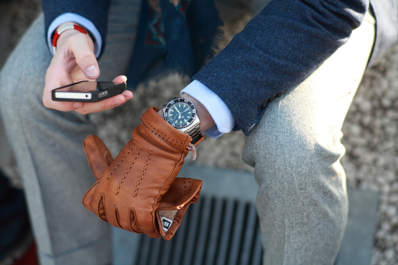 80a81cb99b3 Jak vybrat kožené rukavice – Muži v Česku
