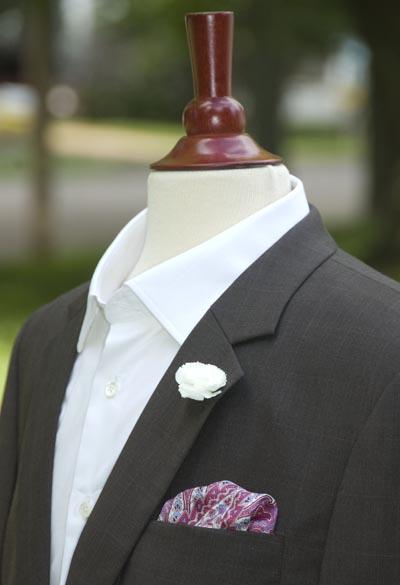 Jacket-pocket-square-boutonniere