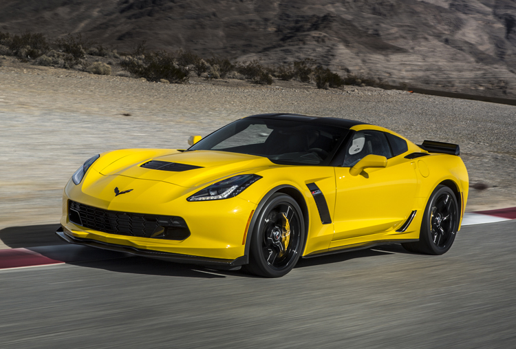 2015-Chevrolet-Corvette-Z06-Front-Yellow-Track