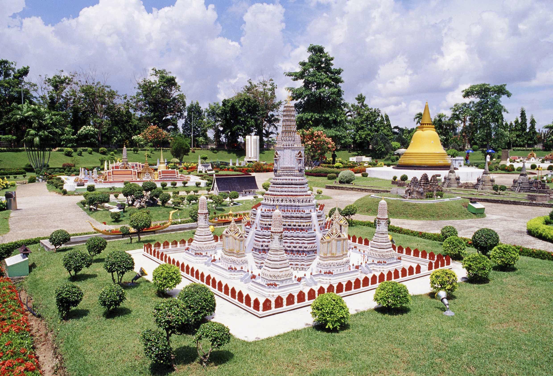 Mini Siam at Pattaya, Chon Buri *** Local Caption *** เมืองจำลอง (มินิสยาม) ที่พัทยา จังหวัดชลบุรี