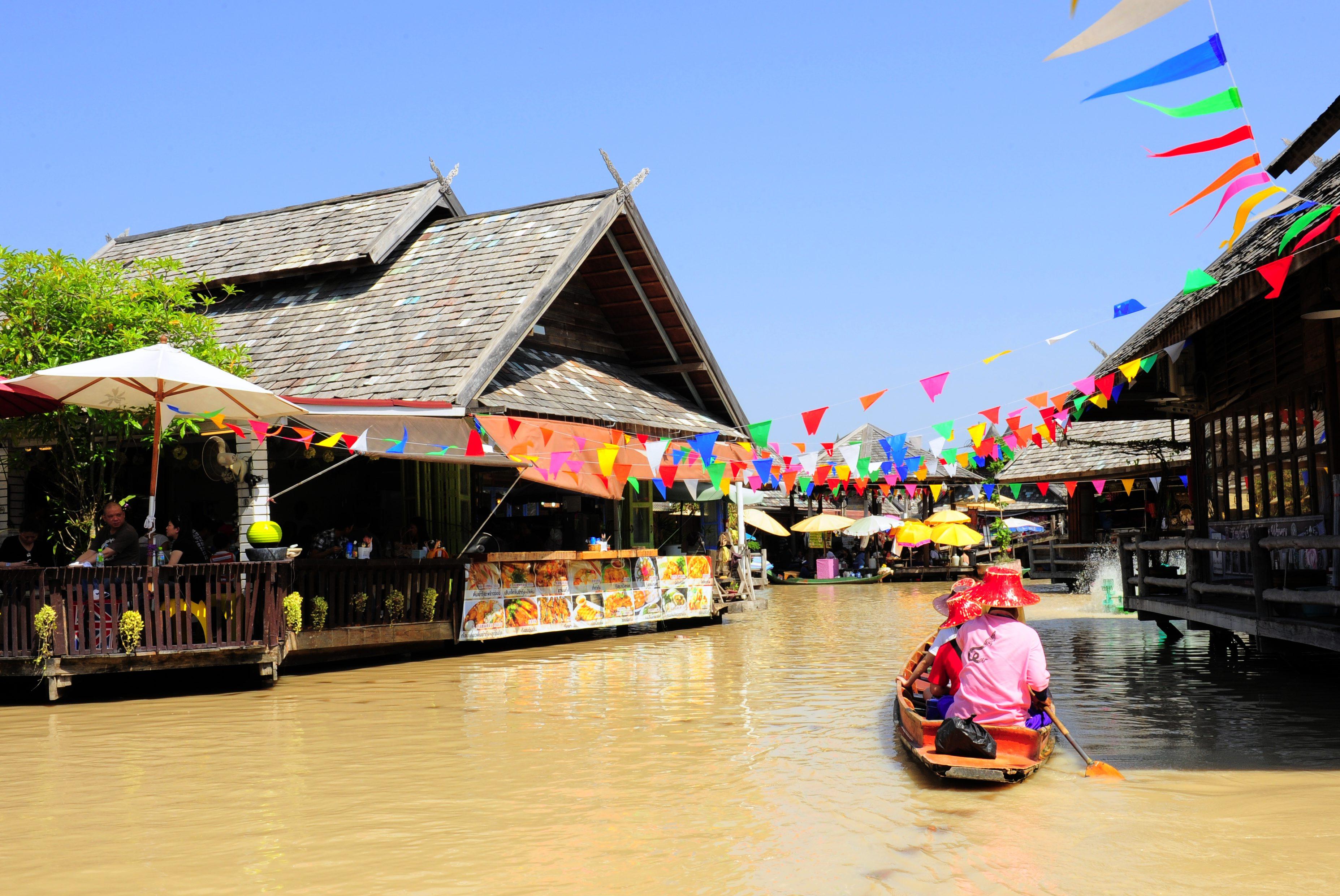 Pattaya Floating Market, Chon Buri *** Local Caption *** ตลาดน้ำ 4 ภาค พัทยา จังหวัดชลบุรี