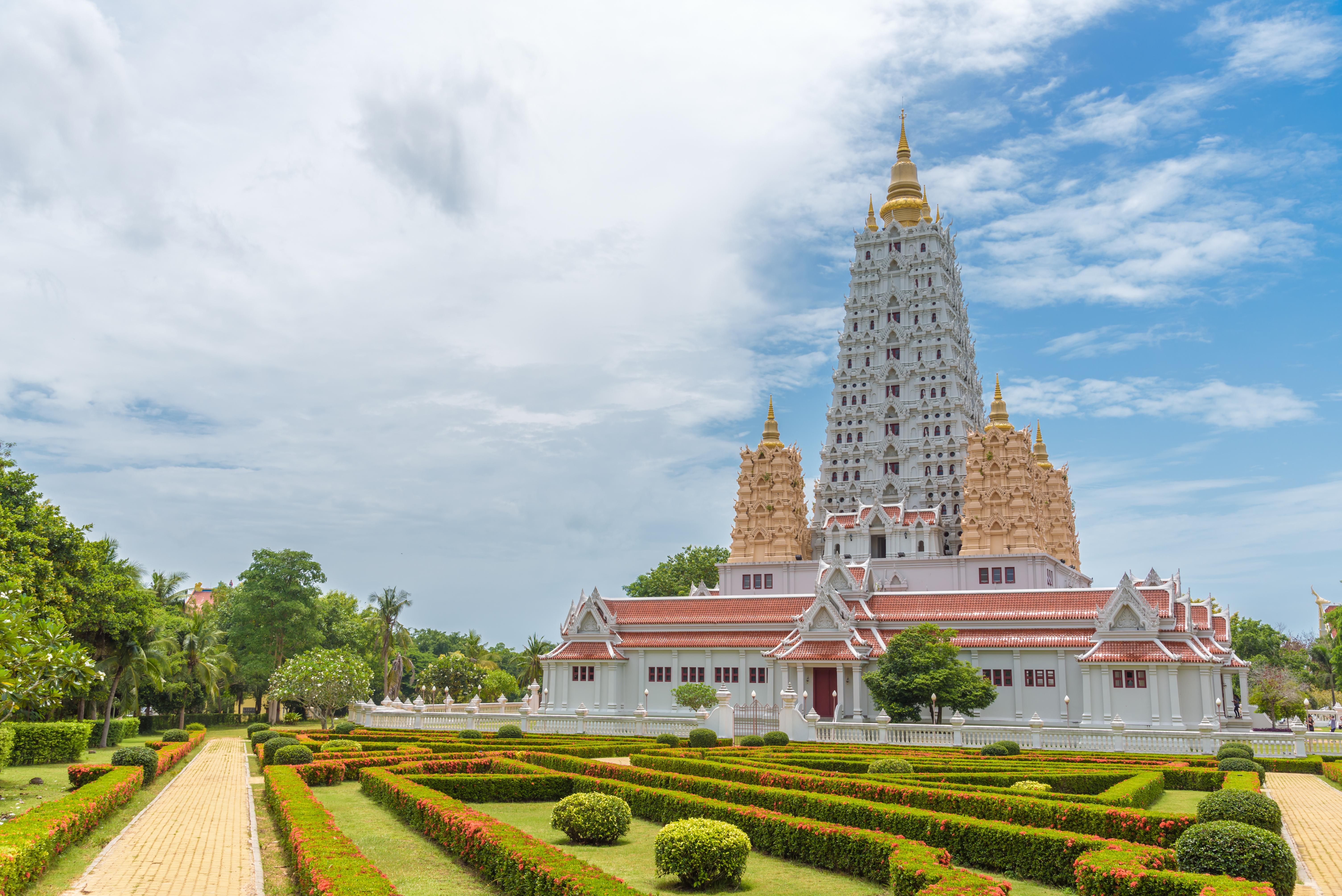 Wat Yansangwararam_Shuterstock