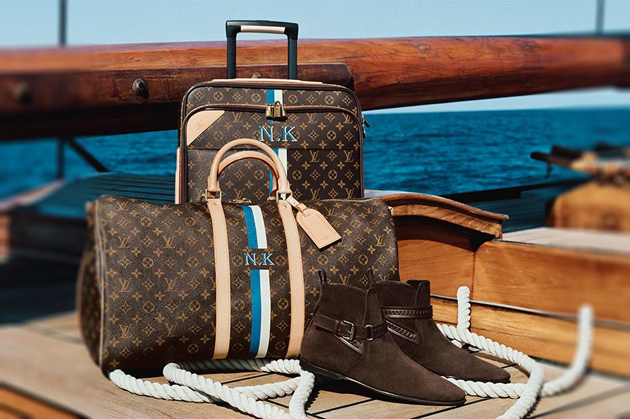 Louis Vuitton. V podstatě monogram na druhou.