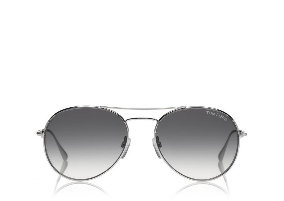 Brýle Ace, Tom Ford. Dlouhý obličej opticky zkrátí a budou působit menší.