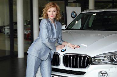 Invelt predavani vozu BMW X5 Ane Geislerove