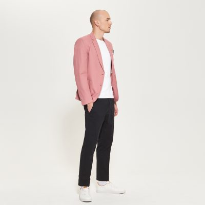 Lněné růžové sako, Reserved