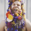 Muži s květinami - flower-beard12galerie12