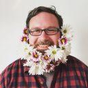 Muži s květinami - flower-beard2galerie2