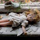 V ukrajinské městě Pripjať už skoro 30 let nikdo nežije - 03-zapomenuta-detska-boticka-a-panenka
