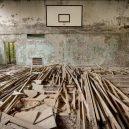 V ukrajinské městě Pripjať už skoro 30 let nikdo nežije - 07-telocvicna