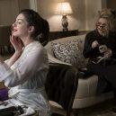 Které hvězdy ve filmu Debbie a její parťačky uvidíte? - 3_anne-hathaway-jako-daphne-kluger
