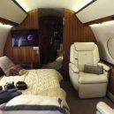 Vytuněná soukromá letadla nabízejí luxus i pohodlí - 6_gulfstream-g650er-nabizi-naproste-soukromi-i-kdyz-vas-je-na-palube-nekolik