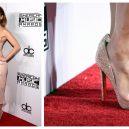 Díky tomuhle triku zůstávají nohy celebrit zdravé a krásné - jenifer-lopez