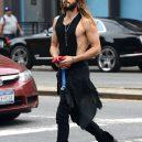 Jared Leto se nebojí měnit barvy. Je to módní chameleon - kdyby-jezis-nosil-grunge