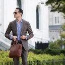 Jak se obléct na schůzku, když je venku 30 nad nulou? - Ideální oblek na parné dny