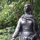Grace O'Malley vládla drsnému irskému světu 16. století - grace_statue_n