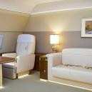 Putinův luxusní letoun se zlatou toaletou předčí i Air Force One? - interier-letadla-v-neoklasicistnim-stylu