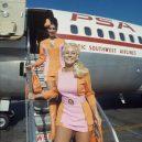 Na letecké uniformy je vždy radost pohledět - pacific_southwest_airlines_female_flight_attendants