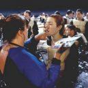 """Podívejte se na """"veselé historky"""" z natáčení Titaniku - rose-musela-vypadat-dobre-i-v-ledovem-oceanu"""