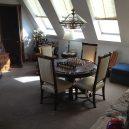 Betonář postavil v Illinois zlatou vilu ve tvaru pyramidy - 00092-vila