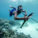 Lidé kmene Bajau žijí v ráji - 14-bajau-laut-speargun