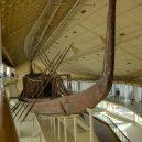 Byli egyptští mořeplavci v Americe? - 800px-gizeh_sonnenbarke_bw_2