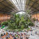 Krásná architektura světových nádraží - atocha-station-spain