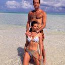 Stále zamilovaný Pierce Brosnan a jeho žena Keely - dost-jim-to-spolu-slusi