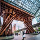 Krásná architektura světových nádraží - kanazawa-station-japan