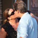 Stále zamilovaný Pierce Brosnan a jeho žena Keely - polibek-keely-a-pierce