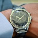 60letá evoluce Speedmasterů. Jak šel čas s hodinkami do vesmíru? 1957-1969 - 01-vubec-prvni-model-rok-1957-ref-ck-2915-omega-speedmaster-broad-arrow-kalibr-321-prumer-39-mm