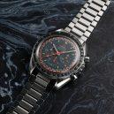 60letá evoluce Speedmasterů. Jak šel čas s hodinkami do vesmíru? 1957-1969 - 11-racing-dial-z-roku-1968-ref-st-145-022-kalibr-861-cifernik-s-2barevnym-indexem-a-oranzovym-logem-byl-navrzen-nejspise-kvuli-lepsi-c