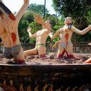 Pozor, drastické! Thajská zahrada je plná pekelných muk - image-1