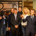 Monika Babišová po boku Emanuela Macrona odhalila střašlivé tajemství - snimek-obrazovky-2018-10-27-v-13-55-48