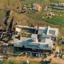 Obléhání Waco – plamenná apokalypsa - 1024px-branch_davidian_compound_near_waco