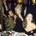 Nevázaný sex a drogy. Takhle probíhaly legendární večírky v pařížském Les Bains Douches. - 3018815_