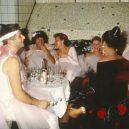 Nevázaný sex a drogy. Takhle probíhaly legendární večírky v pařížském Les Bains Douches. - 3018818_