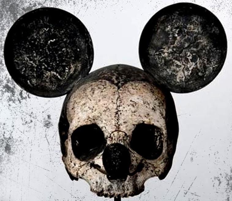 Stále vám Mickey připadá jako přátelský a nevinný myšák?