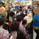 Podívejte se, jak vypadá americké nákupní šílenství - Friday-17