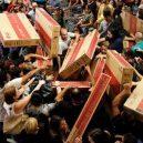 Podívejte se, jak vypadá americké nákupní šílenství - Friday-9-500×297
