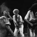 Freddie Mercury – nezapomenutelná legenda - singing-emotions-band