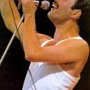 Freddie Mercury – nezapomenutelná legenda - singing-white-tank