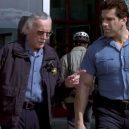 Stan Lee a všechny jeho výstupy ve filmech od Marvelu - stan-lee-hulk-2003