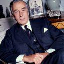 Političtí vůdci, kteří za svou kariéru zaplatili životem - The_Earl_Mountbatten_of_Burma_civvies_Allan_Warren