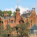 Neuvěřitelně obskurní příhody ze zákulisí Disneyho byznysu - The_Haunted_Mansion-Creative-Commons-720×480