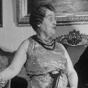 Božská Florenc se svým extrémně falešným operním zpěvem vyprodala celou Carnegie Hall - 21SMITH-facebookJumbo