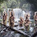 20 úchvatných fotografií domorodých kmenů, které jsou na pokraji vymření - indigenous-cultures-homage-to-humanity-jimmy-nelson-3-5c091815d8bf0__880