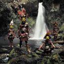 20 úchvatných fotografií domorodých kmenů, které jsou na pokraji vymření - indigenous-cultures-homage-to-humanity-jimmy-nelson-4-5c0918177385e__880