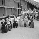 Trpasličí rodinka celá přežila hrůzy v Osvětimi - ovitz-family