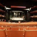 Siluetu operu v Sydney zná každý. Co se ale skrývá uvnitř? - Screenshot 2018-12-06 at 02.08.11